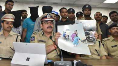 Photo of CP addressing Media persons