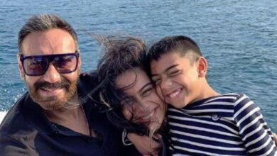 Photo of Ajay Devgn shares smiling family picture from vacation