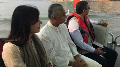 Photo of Mauritian PM Jugnauth, emigrants take a tour of Kumbh Mela