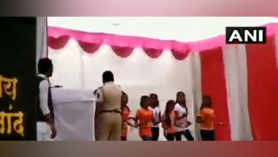 Photo of R-Day: Cop 'showers' cash on school girls, suspended