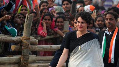 Photo of 'Youngest' Cong vs 'Old' BJP, as Priyanka makes political debut