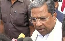 Karnataka Congress ministers 'resign' to save government