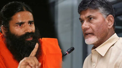 Photo of Naidu advises people to have more kids, whereas Ramdev wants to restrict it to two!
