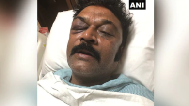 Photo of Karnataka: Police on a hunt for Congress lawmaker who attacked party colleague at resort