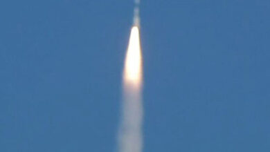 Photo of Russia launches Soyuz carrier rocket with 33 satellites