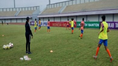 Photo of Indian women's 3-0 victory over Indonesia in football friendly is well-deserved: Coach Maymol Rocky