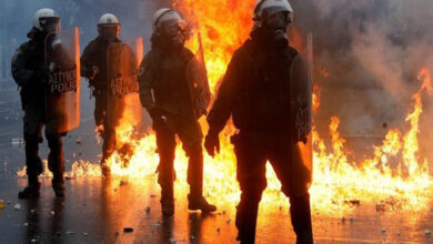 Photo of Greece: Thousands protest against Macedonia name change, 5 police officers injured