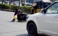 Hyderabad: Inform about Beggar, Get Rs.1000