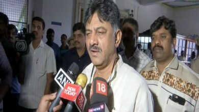 Photo of 4 dissenting MLAs are back, will see their actions: K'taka minister D K Shivakumar