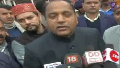 Photo of State govt extending all support to locate trapped soldiers: Himachal CM