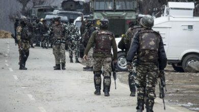 Photo of Kashmir: Top LeT commander among 2 militants, minor boy killed, Hajin gunfight ends