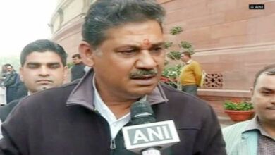 Photo of Kirti Azad dumps BJP, all set to join Congress