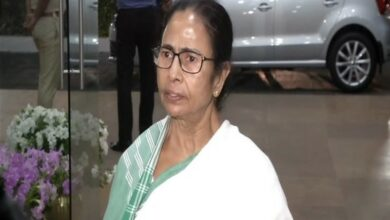 Photo of I can contest from anywhere but don't want division of votes: Mamata Banerjee