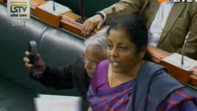 Photo of Defence Minister counters Rahul Gandhi's charges on Rafael deal in LS, Oppn raises uproar