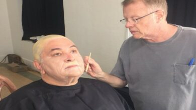 Photo of Oscars 2019: Rishi Kapoor congratulates makeup artist Greg Cannom on his win
