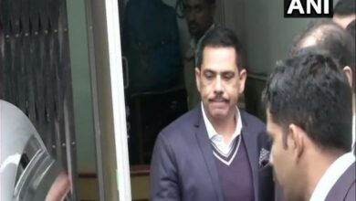 Photo of Robert Vadra moves court seeking copy of case documents from ED