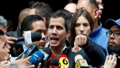 Photo of Guaido determined to implement democracy in Venezuela, while Maduro clings to power