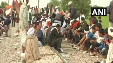 Photo of Gujjars protest in Meerut, block rail traffic