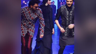 Photo of With Anil, Janhvi, Ranveer walking the ramp, it's a mini 'Takht' reunion!