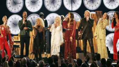 Photo of Dolly Parton honoured at Grammys with star-studded tribute