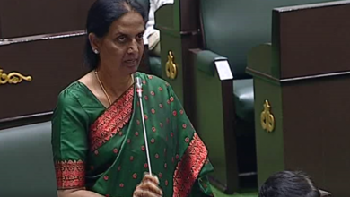 Photo of Justifying defection, Sabita says State development possible by TRS alone