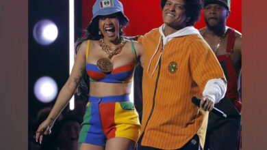 Photo of Cardi B, Bruno Mars reunite at taco joint for latest music video