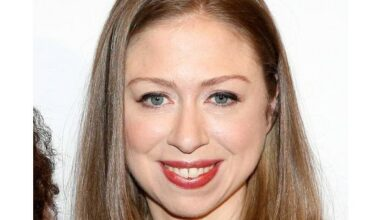 Photo of Students confront Chelsea Clinton over 'anti-immigrant trope'
