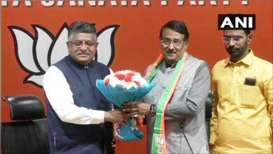 Photo of Huge blow to Congress as leader Tom Vadakkan joins BJP