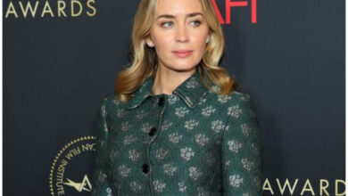Photo of Emily Blunt in talks to join Annapurna's 'Not Fade Away'