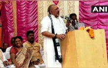 Giriraj Singh shares stage with Muzaffarpur shelter home accused Manju Verma in Begusarai