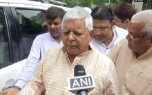 Lalu Prasad skips lunch, goes mum after RJD rout