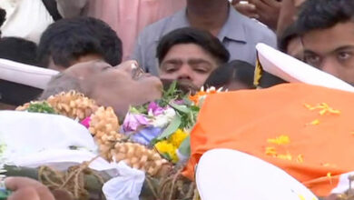 Photo of Parrikar's mortal remains reach BJP office in Goa