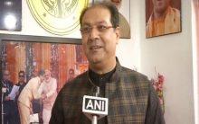 UP minister calls Priyanka 'Siberian bird', terms her Ayodhya visit as 'picnic'