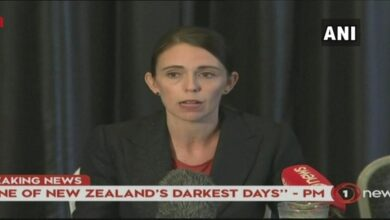 Photo of New Zealand PM shows solidarity to Muslim community