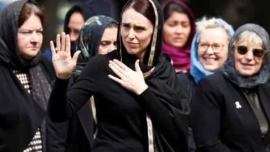 Photo of Kiwi women don headscarves in solidarity with Muslim victims, video goes viral