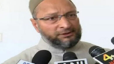 Photo of Congress ridicules Owaisi for 'KCR a true Hindu' remark