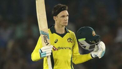 Photo of Handscomb credits Chris Rogers for his batting resurgence