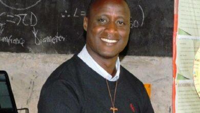 Photo of Kenyan science teacher wins $1 mn global award