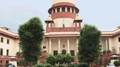 Photo of SC issues notice to Centre, EC on plea to bring political parties under RTI Act