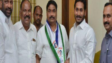 Photo of TDP MLA Modugula Venugopala Reddy joins YSRCP