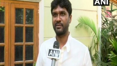 Photo of TRS fields 32-year old youngster from Secunderabad to take on BJP, Congress veterans