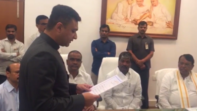 Photo of Akbaruddin Owaisi takes oath as Chandryangutta MLA