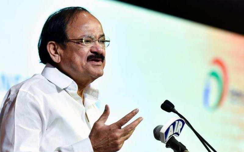 VP Naidu urges media to shun coverage based on caste and community