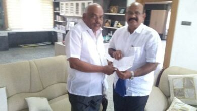 Photo of Karnataka: Congress MLAUmesh Jadhav resigns, likely to join BJP
