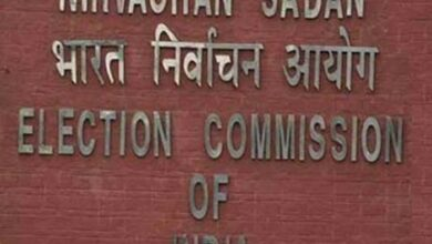Photo of EC to decide complaints against Modi, Rahul on Tuesday