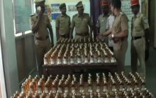 Police seize 490 bottles of liquor from Puducherry