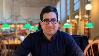 Photo of Separatist leader raises objection over Shah Faesal's party name