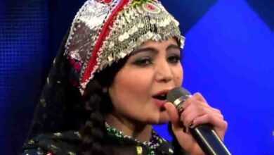 Photo of First woman to win 'Afghan Star' TV show to fight Taliban with music
