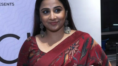Photo of Vidya Balan prays for peace between India-Pakistan, expresses joy for Abhinandan