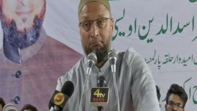 Photo of Asaduddin Owaisi appeal to pray for Akbar's Health in Eid Milap program at Darussalam